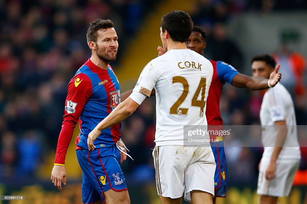 Jack Cork of Swansea City and Yohan Cabaye of Crystal Palace argue during the Barclays Premier League match between Crystal Palace and Swansea City at Selhurst Park on December 28, 2015 in London, England.