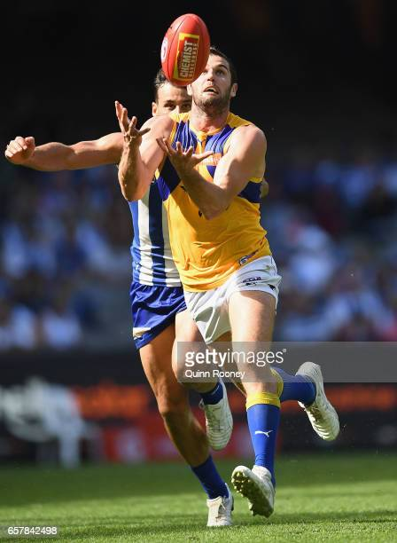 Jack Darling of the Eagles marks during the round one AFL match between the North Melbourne Kangaroos and the West Coast Eagles at Etihad Stadium on...