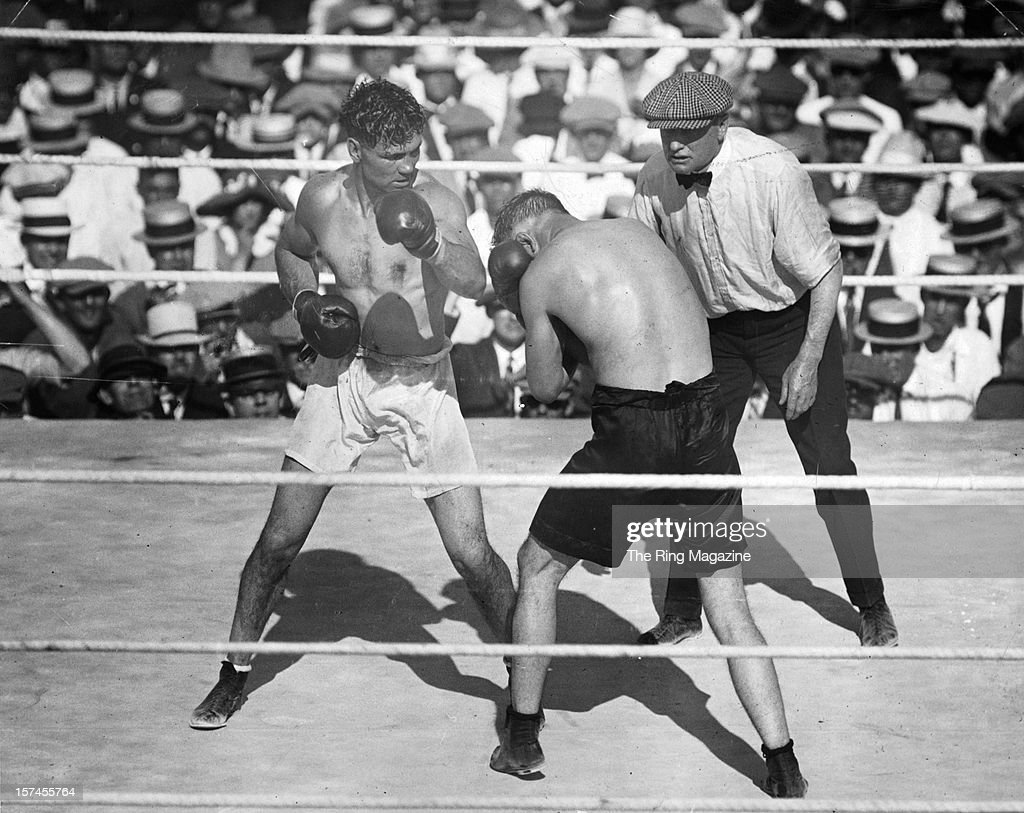Jack Dempsey (L) looks to land a right punch to Tommy Gibbons during the fight at the Arena, on July 4,1923 in Shelby, Montana. Jack Dempsey won by a PTS 15.