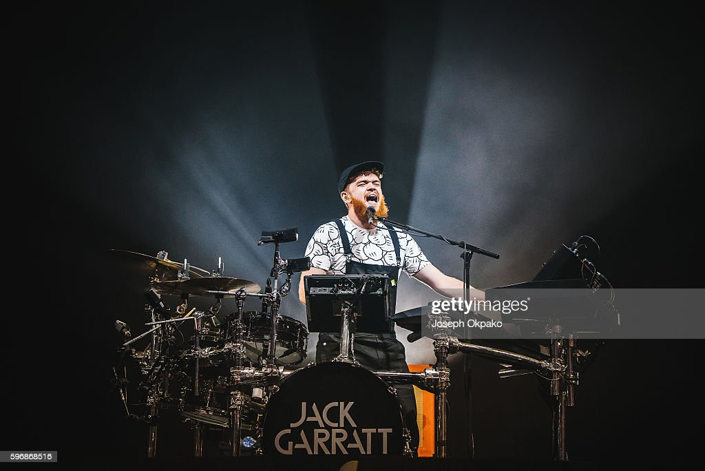 Jack Garratt performs on stage on Day 2 at Reading Festival 2016 on August 27, 2016 in Reading, England.