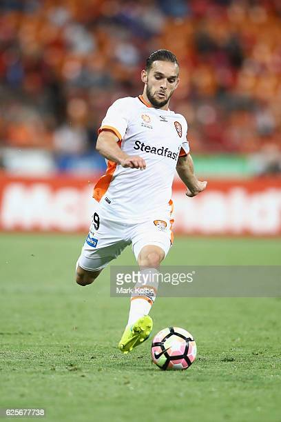 Jack Hingert of the Roar runs the ball during the round eight ALeague match between the Western Sydney Wanderers and the Brisbane Roar at Spotless...