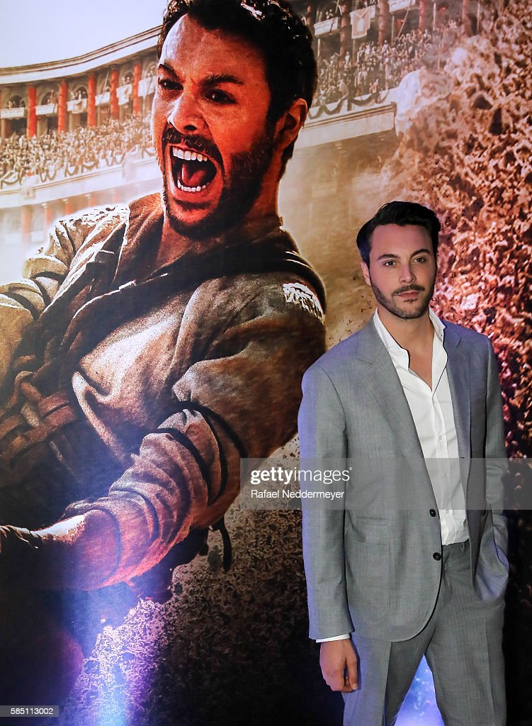 Jack Huston attends the premiere of 'BenHur' on August 1 2016 at Cinepolis JK in Sao Paulo Brazil