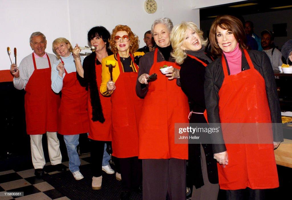 Celebrities Meet with Homeless Veterans at the Weingart Center