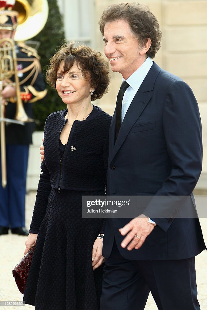<a gi-track='captionPersonalityLinkClicked' href=/galleries/search?phrase=Jack+Lang&family=editorial&specificpeople=220296 ng-click='$event.stopPropagation()'>Jack Lang</a> and his wife Monique arrive to attend a state dinner at Palace Elysee on May 7, 2013 in Paris, France.