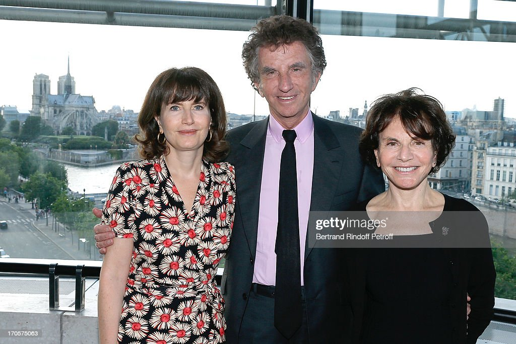 Jack Lang (C) with his wife Monique (R) and their daughter Caroline (L) attend Actress Josiane Balasko receives the Medal of Arts and Letters from the president of Arab World Institute Jack Lang at Arab World Institute on June 14, 2013 in Paris, France.