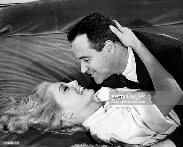 Jack Lemmon as Stanley Ford and Virna Lisi as Mrs Ford in 'How To Murder Your Wife' directed by Richard Quine 1965