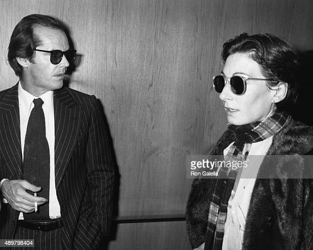 Jack Nicholson and Angelica Huston attend Mabel Mercer Concert on March 21 1978 at the Dorothy Chandler Pavilion in Los Angeles California