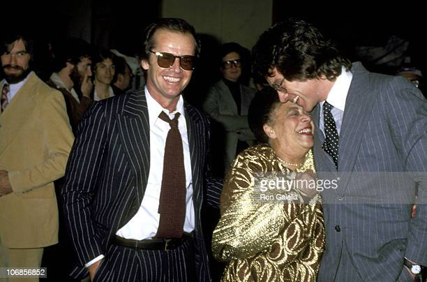 Jack Nicholson Mabel Mercer and Warren Beatty during Mabel Mercer in Concert at the Dorothy Chandler Pavillion in Los Angeles March 21 1978 at...