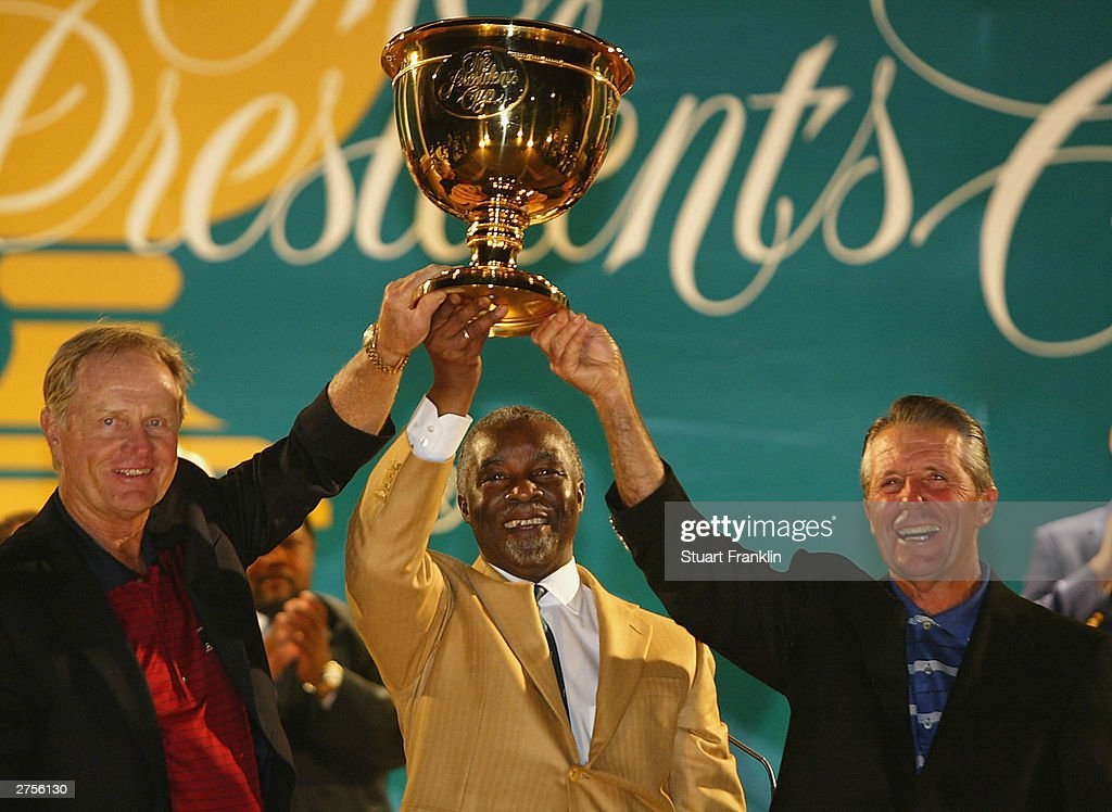 Jack Nicklaus Captain of the USA team Thabo Mbeki President of South Africa and Gary Player Captain of The International team at the closing ceremony...