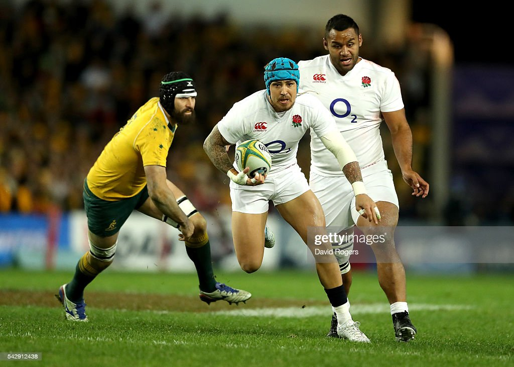 Jack Nowell of England breaks away from Scott Fardy during the International Test match between the Australian Wallabies and England at Allianz Stadium on June 25, 2016 in Sydney, Australia.