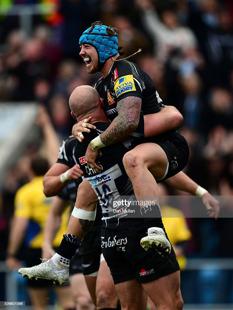 <a gi-track='captionPersonalityLinkClicked' href=/galleries/search?phrase=Jack+Nowell&family=editorial&specificpeople=7377985 ng-click='$event.stopPropagation()'>Jack Nowell</a> of Exeter Chiefs celebrates scoring his side's third try with Jack Yeandle of Exeter Chiefs during the Aviva Premiership match between Exeter Chiefs and Wasps at Sandy Park on May 01, 2016 in Exeter, England.