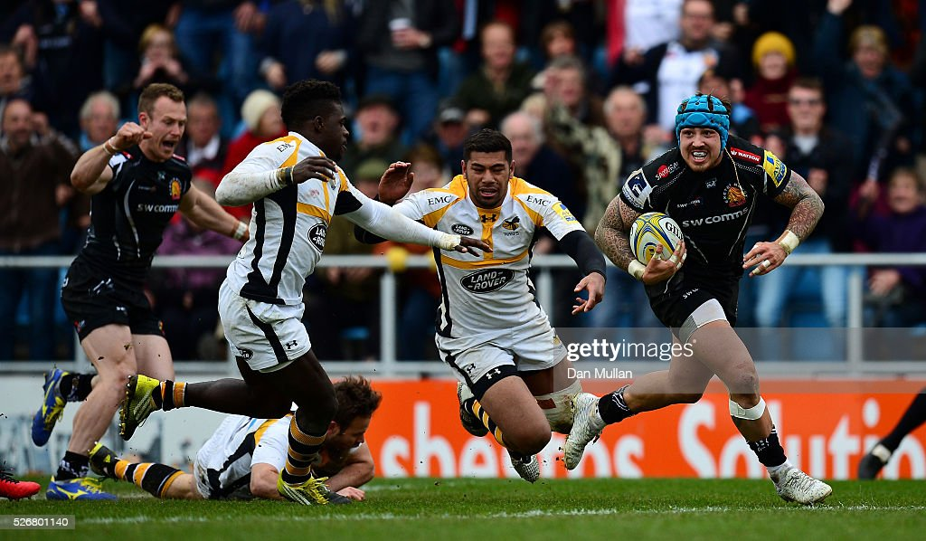 <a gi-track='captionPersonalityLinkClicked' href=/galleries/search?phrase=Jack+Nowell&family=editorial&specificpeople=7377985 ng-click='$event.stopPropagation()'>Jack Nowell</a> of Exeter Chiefs runs in to score his side's third try past <a gi-track='captionPersonalityLinkClicked' href=/galleries/search?phrase=Christian+Wade&family=editorial&specificpeople=4948108 ng-click='$event.stopPropagation()'>Christian Wade</a> of Wasps during the Aviva Premiership match between Exeter Chiefs and Wasps at Sandy Park on May 01, 2016 in Exeter, England.