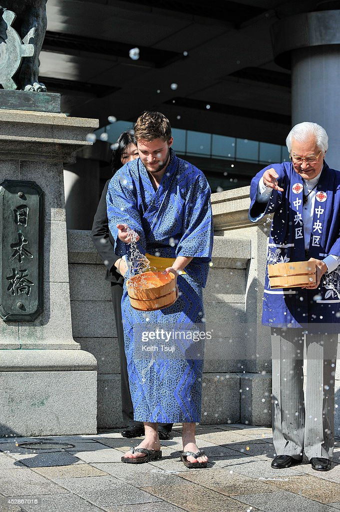 Jack Reynor and Mayor of Chuo City Yoshihide Yada attend the promotional event for 'Transformers Age Of Extinction' at the Nihonbashi on July 28 2014...