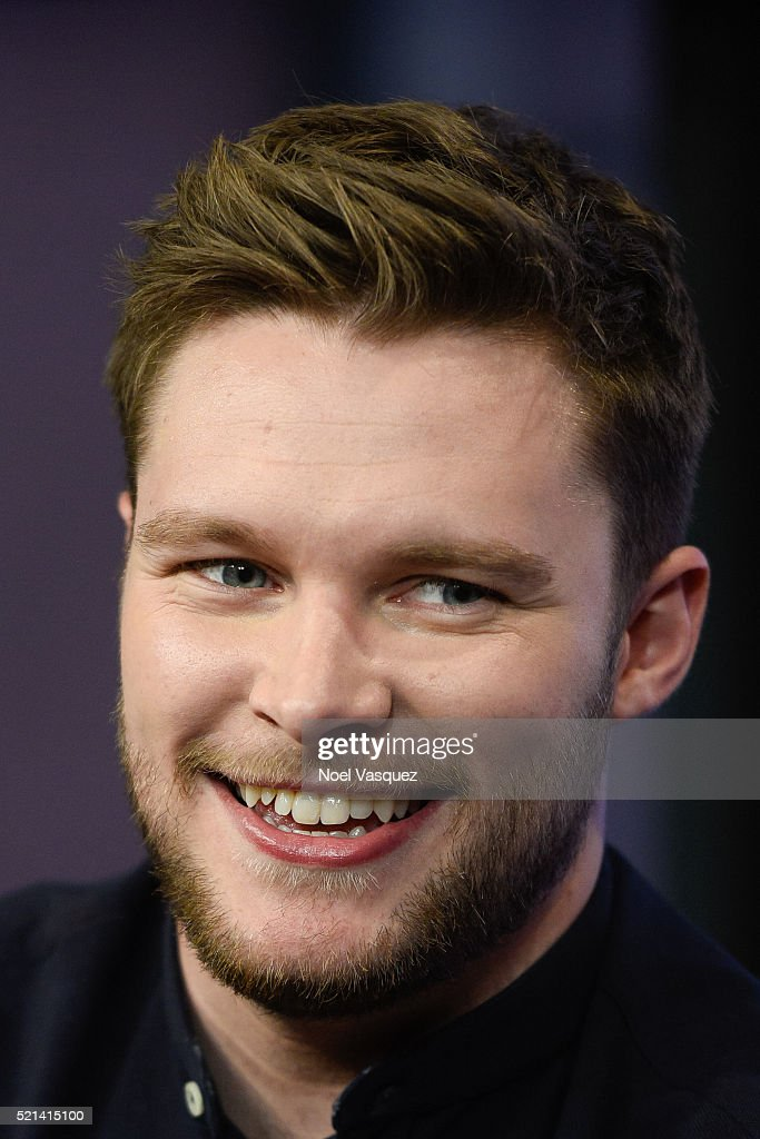 Jack Reynor visits 'Extra' at Universal Studios Hollywood on April 15 2016 in Universal City California