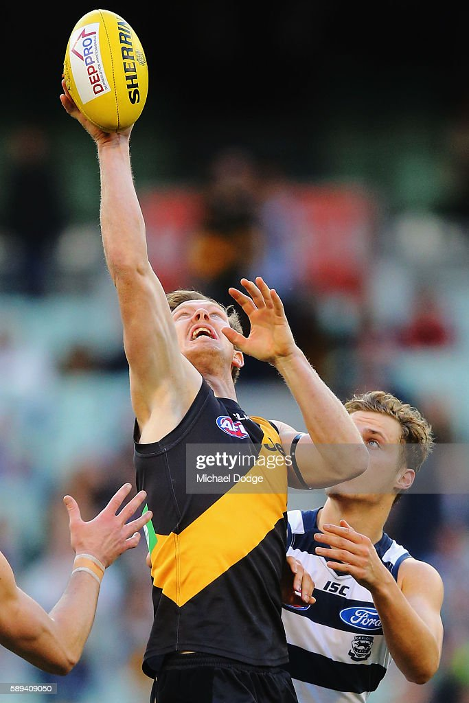 Jack Riewoldt of the Tigers compete for the ball during the round 21 AFL match between the Richmond Tigers and the Geelong Cats at Melbourne Cricket...