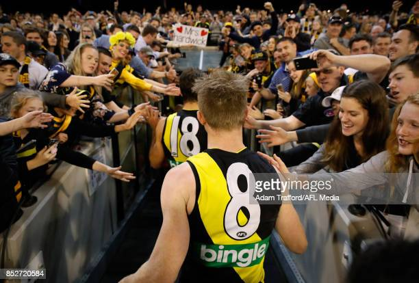 Jack Riewoldt of the Tigers thanks fans during the 2017 AFL Second Preliminary Final match between the Richmond Tigers and the GWS Giants at the...