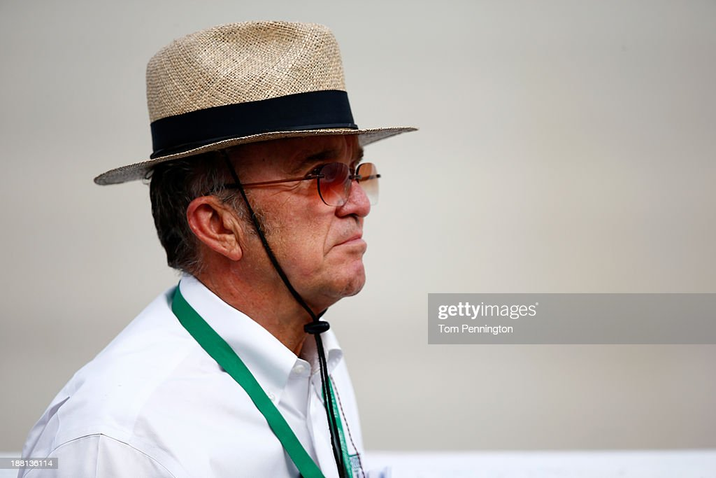 <a gi-track='captionPersonalityLinkClicked' href=/galleries/search?phrase=Jack+Roush&family=editorial&specificpeople=260209 ng-click='$event.stopPropagation()'>Jack Roush</a> during qualifying for the NASCAR Sprint Cup Series AAA 400 at Dover International Speedway on September 27, 2013 in Dover, Delaware.