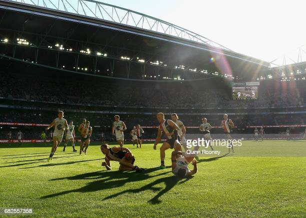Jack Steele of the Saints gathers the ball during the round eight AFL match between the St Kilda Saints and the Carlton Blues at Etihad Stadium on...