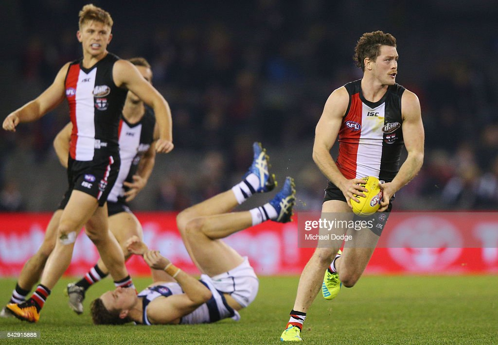 Jack Steven of the Saints runs with the ball during the round 14 AFL match between the St Kilda Saints and the Geelong Cats at Etihad Stadium on June 25, 2016 in Melbourne, Australia.