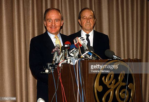 Jack Welch chairman and CEO of General Electric and Thornton Bradshaw chairman of RCA are photographed December 12 1985 in New York City at a press...