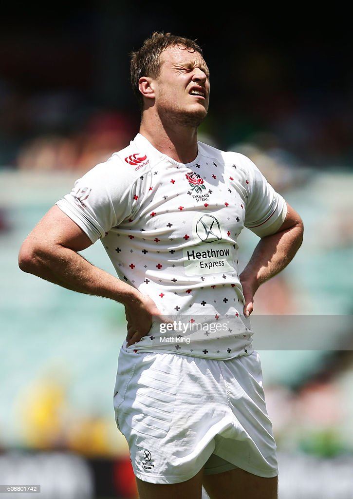 Jack Wilson of England looks dejected after their loss in the 2016 Sydney Sevens Cup Quarter Final match between England and Australia at Allianz Stadium on February 7, 2016 in Sydney, Australia.
