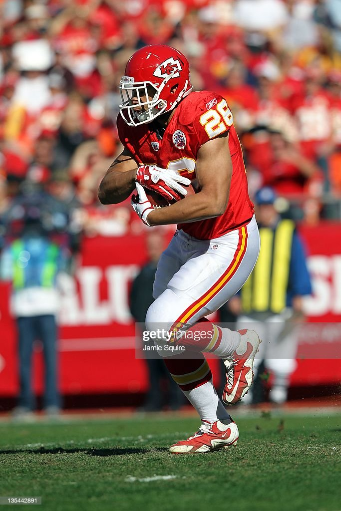 <a gi-track='captionPersonalityLinkClicked' href=/galleries/search?phrase=Jackie+Battle&family=editorial&specificpeople=2852926 ng-click='$event.stopPropagation()'>Jackie Battle</a> #26 of the Kansas City Chiefs in action during the game against the Denver Broncos on November 13, 2011 at Arrowhead Stadium in Kansas City, Missouri.