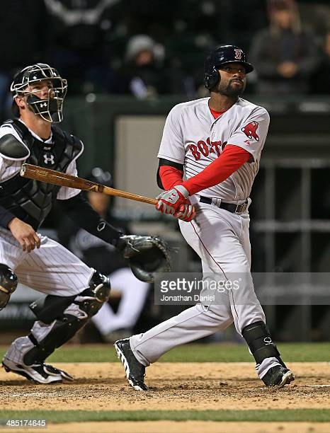 Jackie Bradley Jr #25 of the Boston Red Sox gets the gamewinning hit a two run double in the 14th inning against the Chicago Whtie Sox at US Cellular...