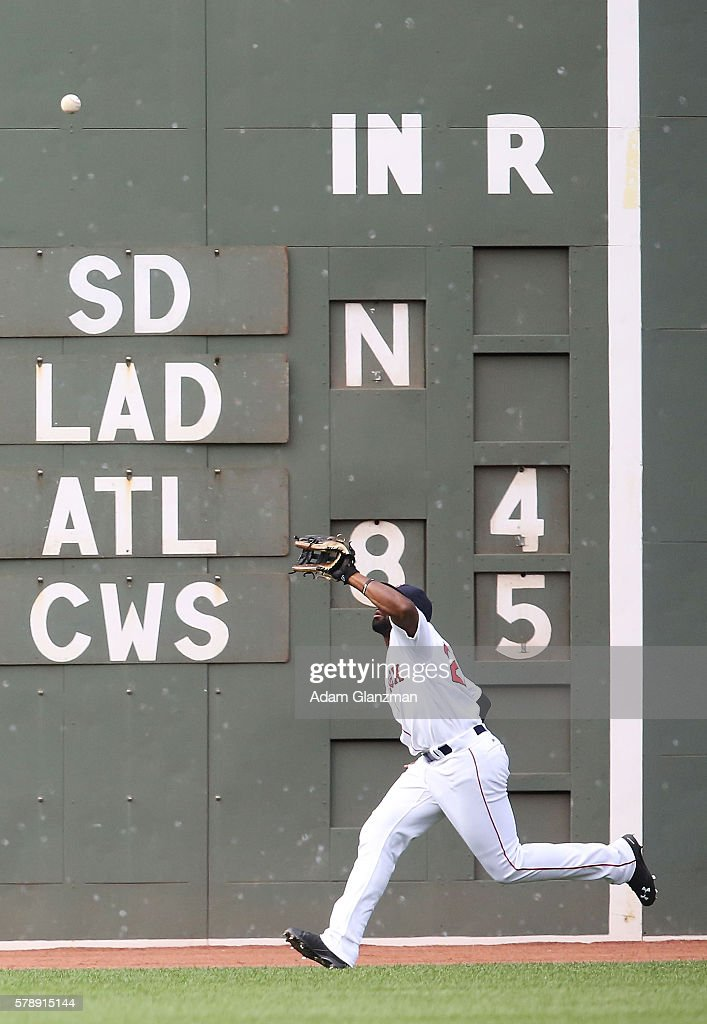 Jackie Bradley Jr #25 of the Boston Red Sox makes a catch during the game against the Tampa Bay Rays at Fenway Park on July 9 2016 in Boston...