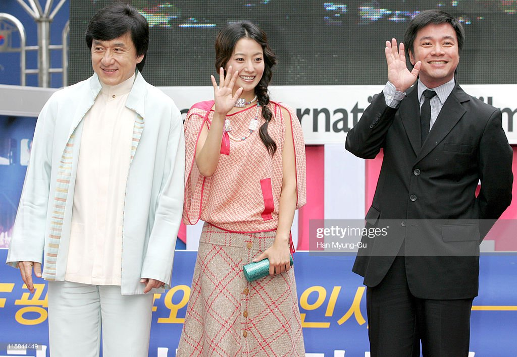 <a gi-track='captionPersonalityLinkClicked' href=/galleries/search?phrase=Jackie+Chan&family=editorial&specificpeople=171455 ng-click='$event.stopPropagation()'>Jackie Chan</a>, Kim Hee-Seon and Stanley Tong, director