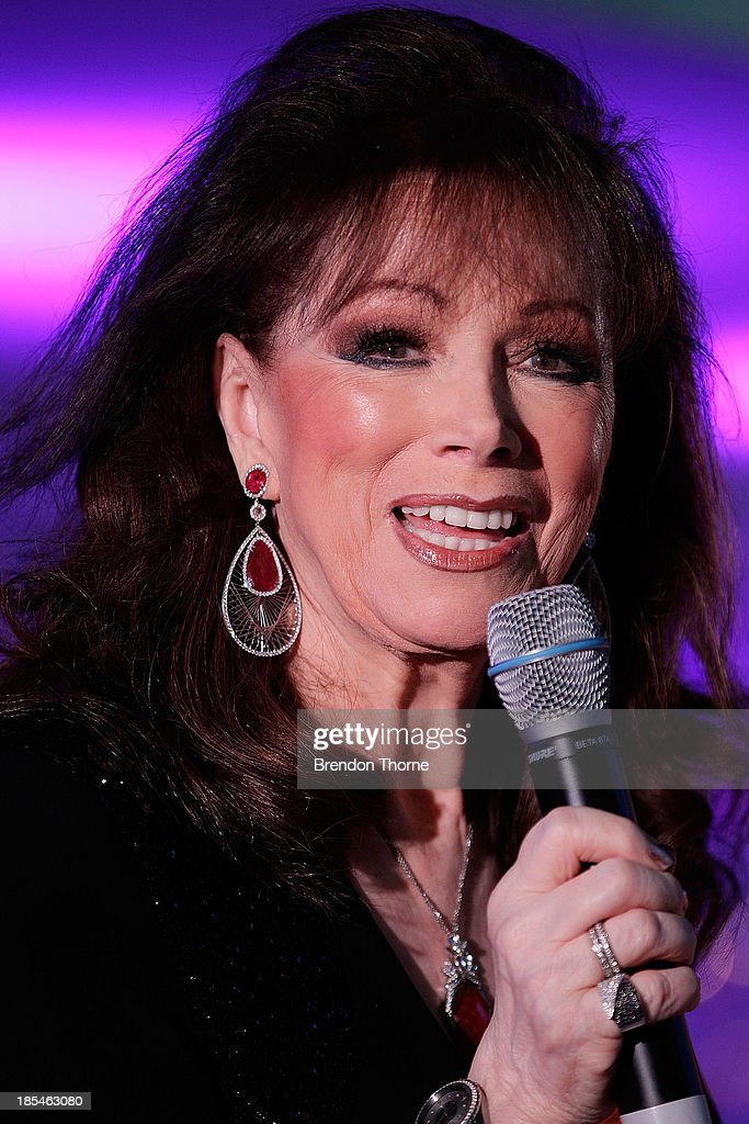 <a gi-track='captionPersonalityLinkClicked' href=/galleries/search?phrase=Jackie+Collins&family=editorial&specificpeople=123843 ng-click='$event.stopPropagation()'>Jackie Collins</a> addresses guests at a cocktail event to celebrate the launch of her new book, 'Confessions of a Wild Child' on October 21, 2013 in Sydney, Australia.