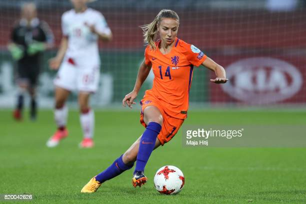 Jackie Groenen of the Netherlandscontrols the ball during the UEFA Women's Euro 2017 Group A match between Netherlands and Denmark at Sparta Stadion...
