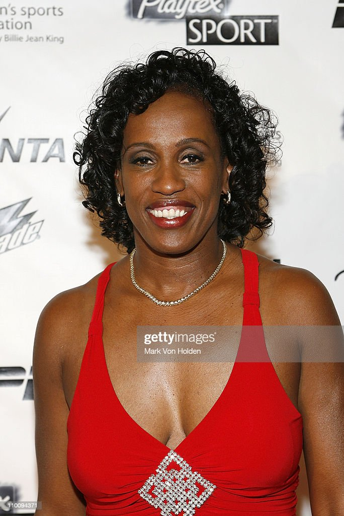 The 28th Annual Salute to Women in Sports Awards Dinner - Playtex Sport Pin