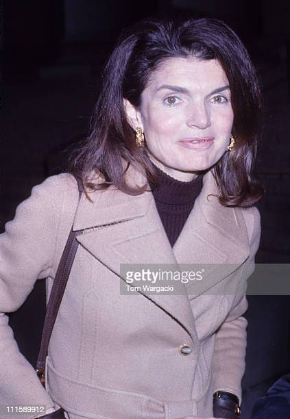 Jackie Onassis at the Federal Courthouse for trial Jackie Onassis vs Photographer Ron Galella for Harassment
