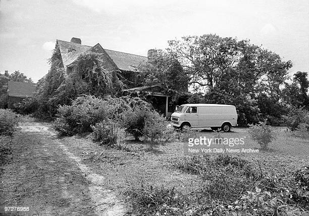 Jackie Onassis' aunt Edith Bouvier Beale and her spinster daughter Edith call it home Their 28room mansion in East Hampton LI is being repaired and...