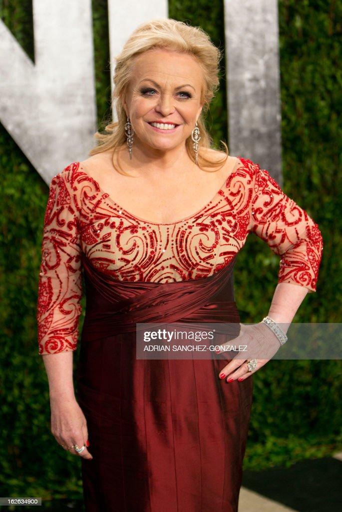 Jackie Weaver arrives for the 2013 Vanity Fair Oscar Party on February 24, 2013 in Hollywood, California.