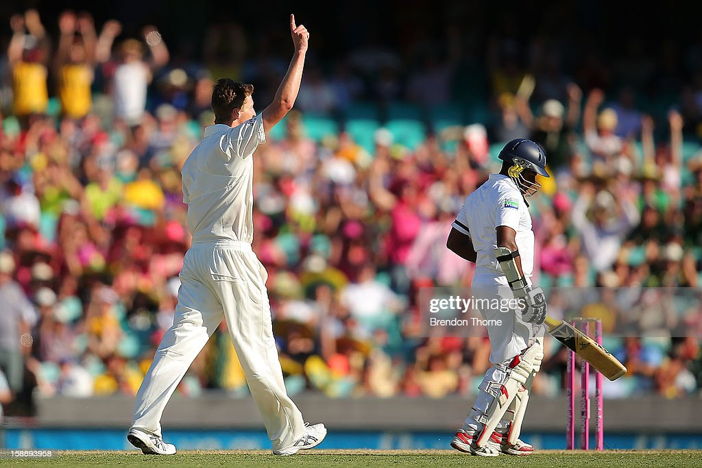 Jackson Bird of Australia celebrates after claiming the wicket of Rangana Herath of Sri Lanka during day one of the Third Test match between Australia and Sri Lanka at the Sydney Cricket Ground on January 3, 2013 in Sydney, Australia.