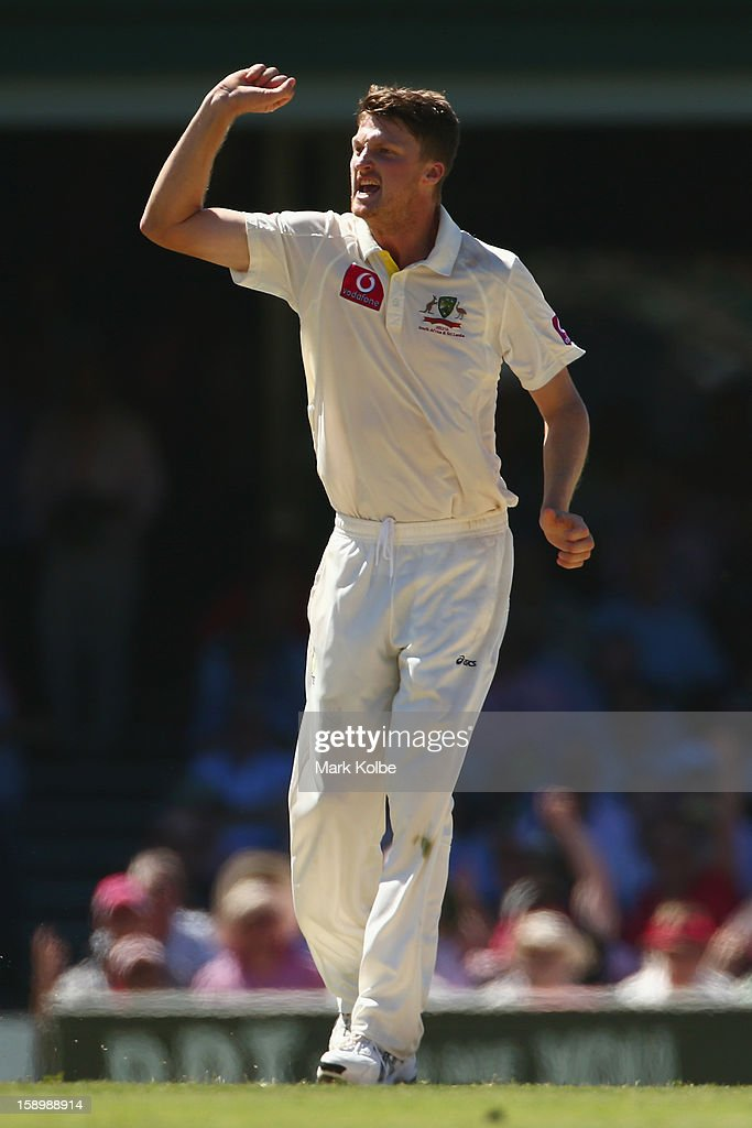 Jackson Bird of Australia celebrates taking the wicket of Dimuth Karunaratne of Sri Lanka during day three of the Third Test match between Australia and Sri Lanka at Sydney Cricket Ground on January 5, 2013 in Sydney, Australia.