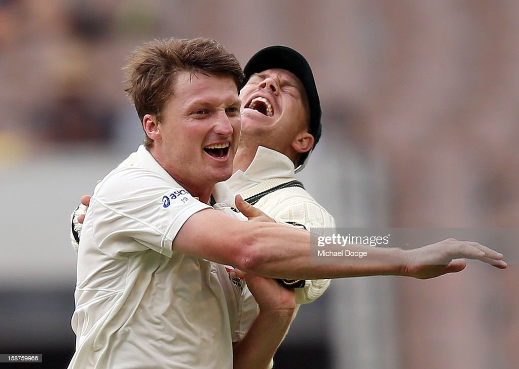Jackson Bird (L) of Australia celebrates with David Warner his dismissal of Thilan Samaraweera of Sri Lanka during day three of the Second Test match between Australia and Sri Lanka at Melbourne Cricket Ground on December 28, 2012 in Melbourne, Australia.