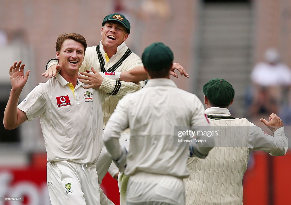 Jackson Bird (L) of Australia celebrates with David Warner his dismissal of Thilan Samaraweera of Sri Lanka during day three of the Second Test match between Australia and Sri Lanka at Melbourne Cricket Ground on December 28, 2012 in Melbourne, Australia.