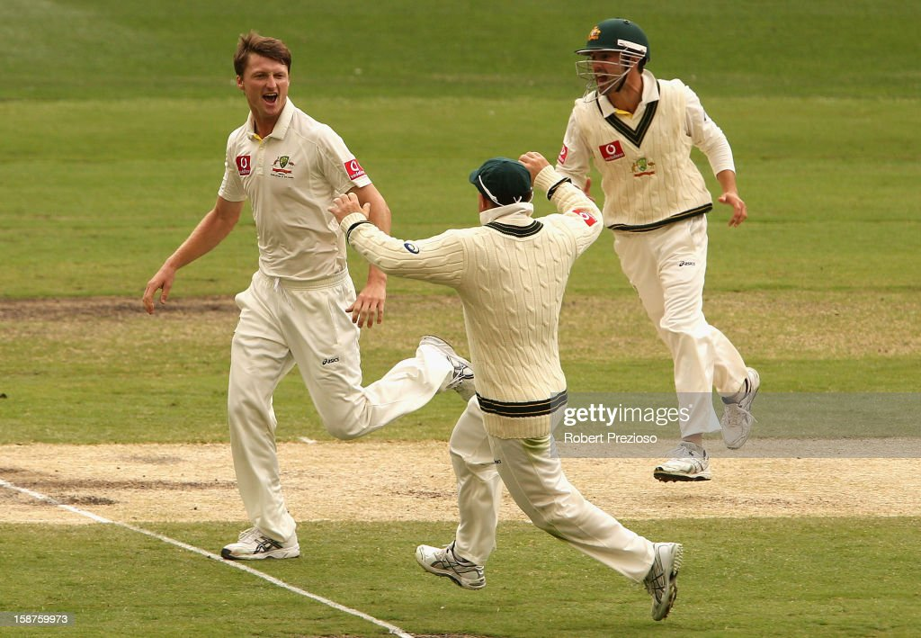Jackson Bird of Australia celebrates with David Warner the wicket of Thilan Samaraweera of Sri Lanka during day three of the Second Test match between Australia and Sri Lanka at Melbourne Cricket Ground on December 28, 2012 in Melbourne, Australia.