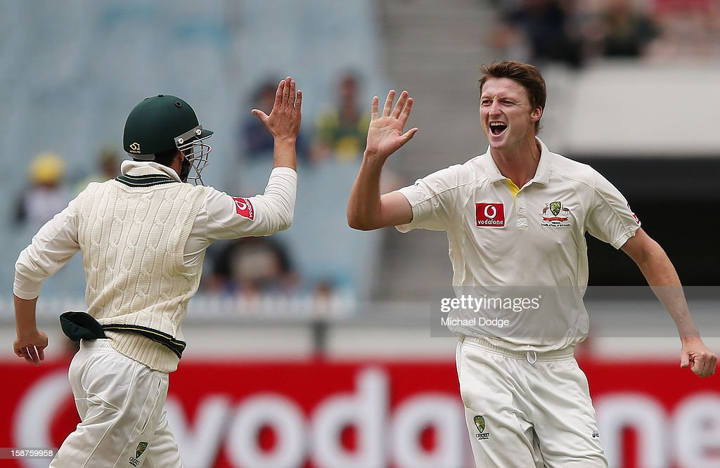 Jackson Bird of Australia (R) celebrates with Ed Cowan his dismissal of Mahela Jayawardene of Sri Lanka during day three of the Second Test match between Australia and Sri Lanka at Melbourne Cricket Ground on December 28, 2012 in Melbourne, Australia.