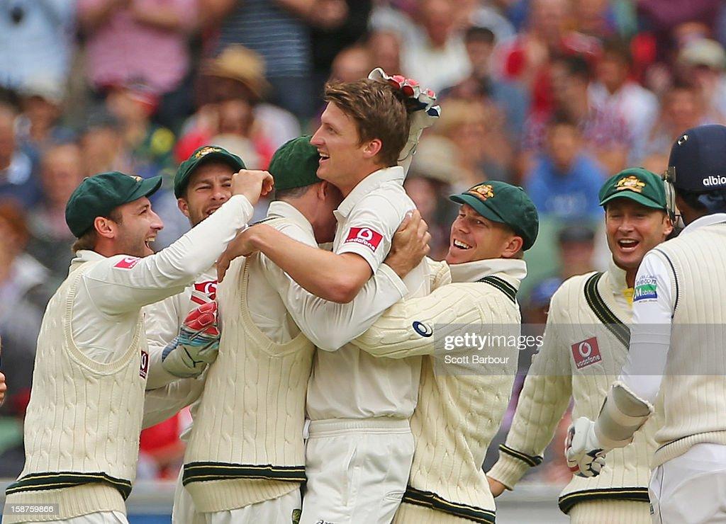 Jackson Bird of Australia celebrates with his team mates after bowling Mahela Jayawardene of Sri Lanka during day three of the Second Test match...