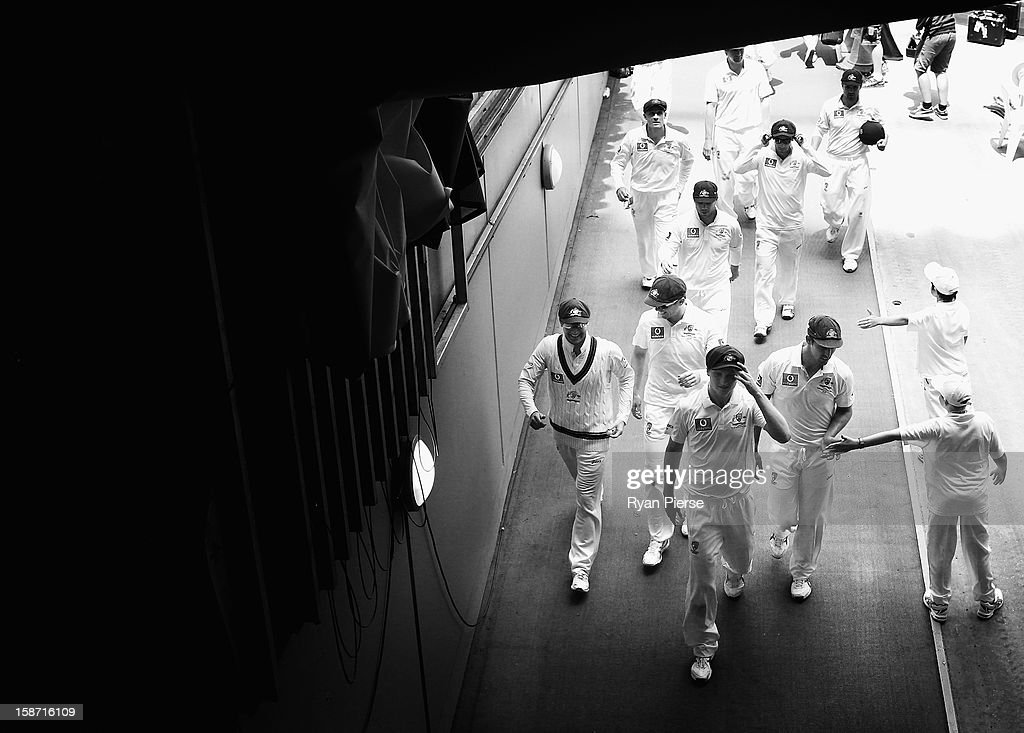 Jackson Bird of Australia leads the team from the field after they bowled Sri Lanka out during day one of the Second Test match between Australia and Sri Lanka at the Melbourne Cricket Ground on December 26, 2012 in Melbourne, Australia.