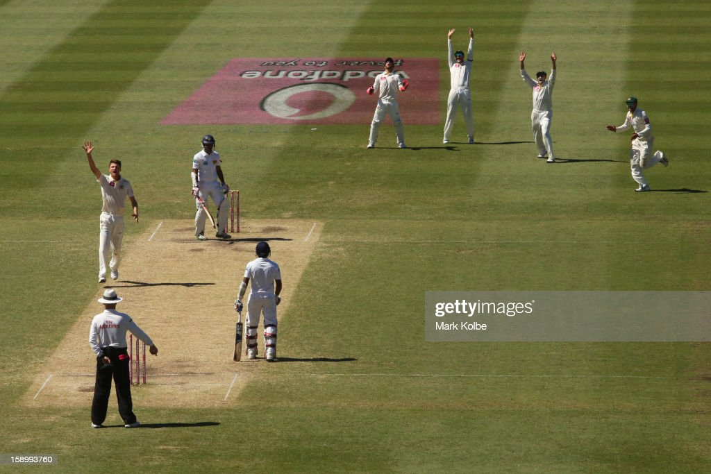 Jackson Bird of Australia sucessfully appeals for the wicket of Dimuth Karunaratne of Sri Lanka during day three of the Third Test match between Australia and Sri Lanka at Sydney Cricket Ground on January 5, 2013 in Sydney, Australia.
