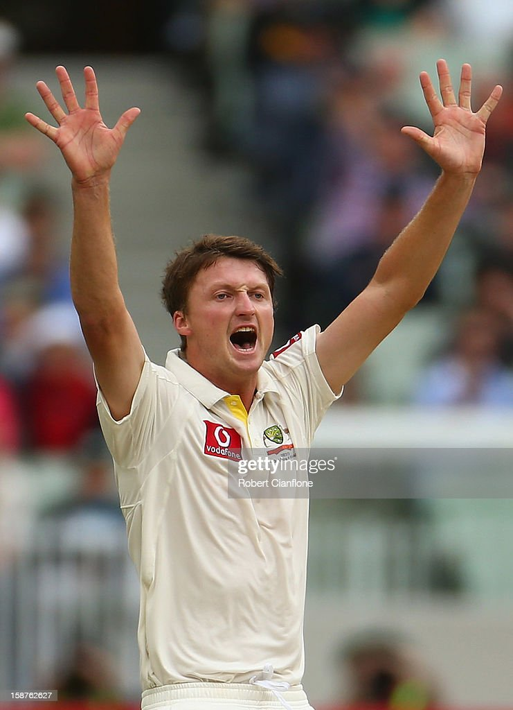 Jackson Bird of Australia takes the wicket of Thilan Samaraweera of Sri Lanka during day three of the Second Test match between Australia and Sri Lanka at Melbourne Cricket Ground on December 28, 2012 in Melbourne, Australia.