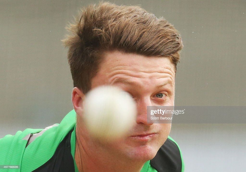<a gi-track='captionPersonalityLinkClicked' href=/galleries/search?phrase=Jackson+Bird&family=editorial&specificpeople=8665256 ng-click='$event.stopPropagation()'>Jackson Bird</a> of the Stars bowls during a Melbourne Stars Big Bash League training session at the Melbourne Cricket Ground on December 19, 2013 in Melbourne, Australia.