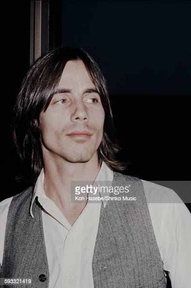 Jackson Browne press conference on his visit to Japan Tokyo March 1977