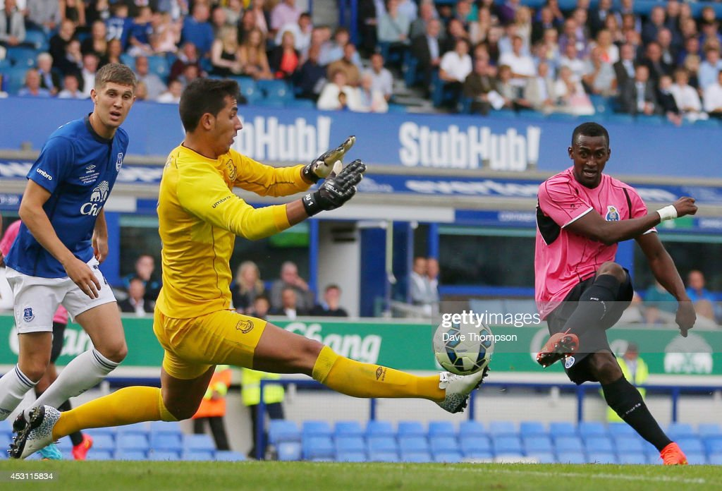 Jackson Martinez of Porto scores against Everton during the Pre-Season Friendly between Everton and Porto at Goodison Park on August 3, 2014 in Liverpool, England. (Photo by Dave Thompson/Getty Images)Alternate crop of #453115494