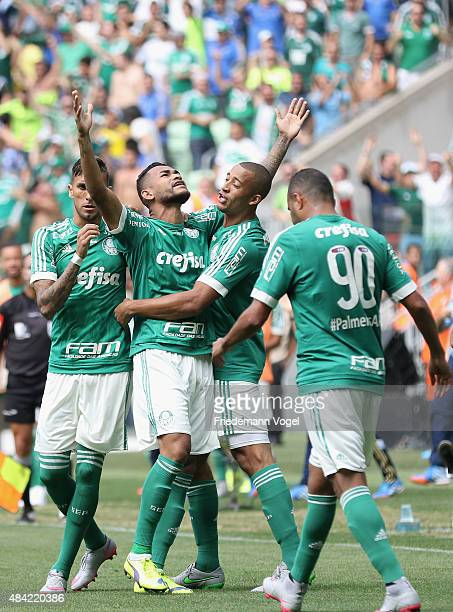 Jackson of Palmeiras celebrates scoring the first goal with his team during the match between Palmeiras and Flamengo for the Brazilian Series A 2015...