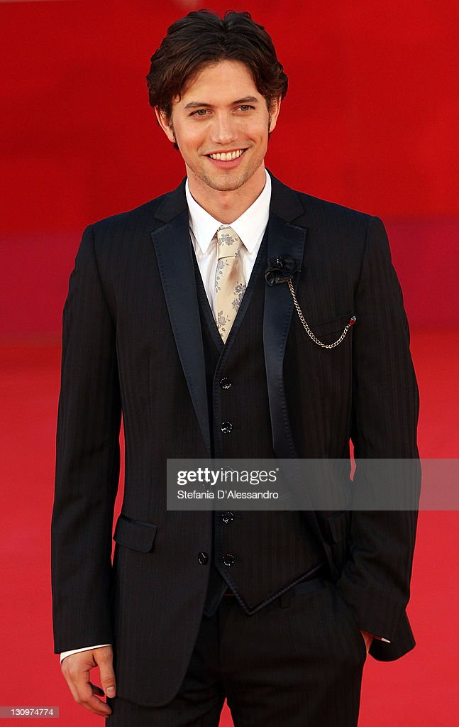 <a gi-track='captionPersonalityLinkClicked' href=/galleries/search?phrase=Jackson+Rathbone&family=editorial&specificpeople=4070053 ng-click='$event.stopPropagation()'>Jackson Rathbone</a> attends 'The Twilight Saga: Breaking Dawn - Part 1' Premiere during 6th International Rome Film Festivalon October 30, 2011 in Rome, Italy.